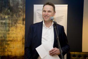 Marcel Beijer tijdens de boekpresentatie van Overwonnen verlangen